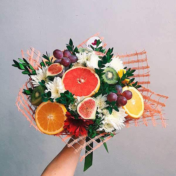 fruktovyj-buket-osennij-poceluj