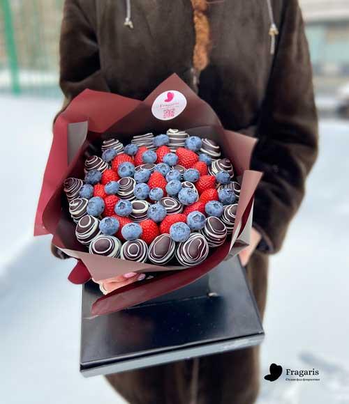 Букет-из-клубники-в-шоколаде-№-94_3