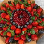 Ягодный_букет_с_фруктами_1_1-min