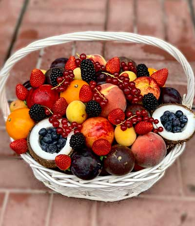 Корзина-с-фруктами–min