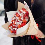 н-букет-из-клубники-и-конфет-4-min