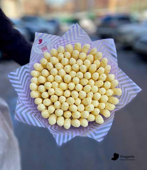 н-Букет-из-сладких-кукурузных-палочек5-min