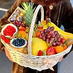 korzina-s-fruktami-2-min